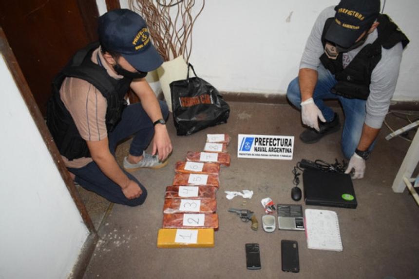 Prefectura secuestró droga y detuvo a cuatro integrantes de una banda narco