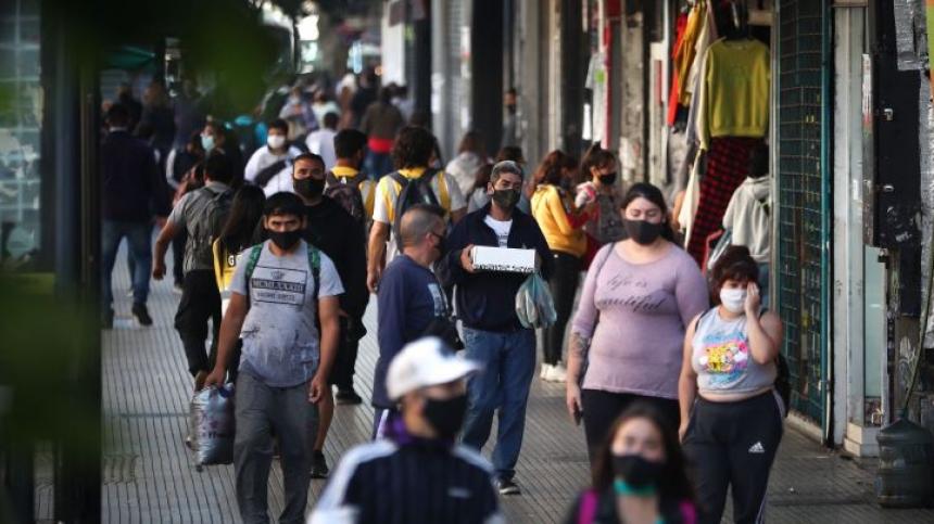Coronavirus en la Argentina: informaron 9.902 casos y 82 muertes